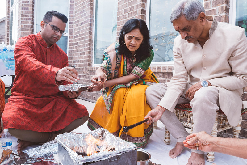 Smiral + Fae - Grahshanti & Mehndi - D750 - Card 1-8792.JPG