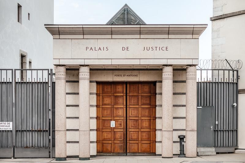 Palais de justice in Geneva old town