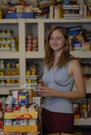24758 Jessica Weber Christian Help food pantry for Alumni Magazine