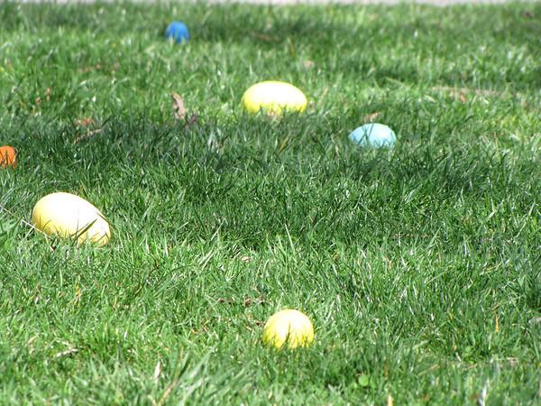 Senior / First Grade Easter Egg Hunt