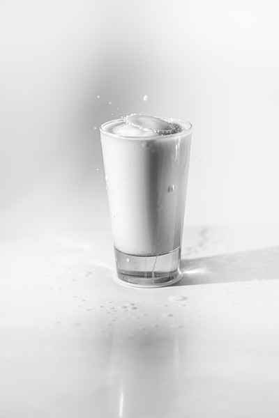 20200208-bw-milksplash-0121.jpg