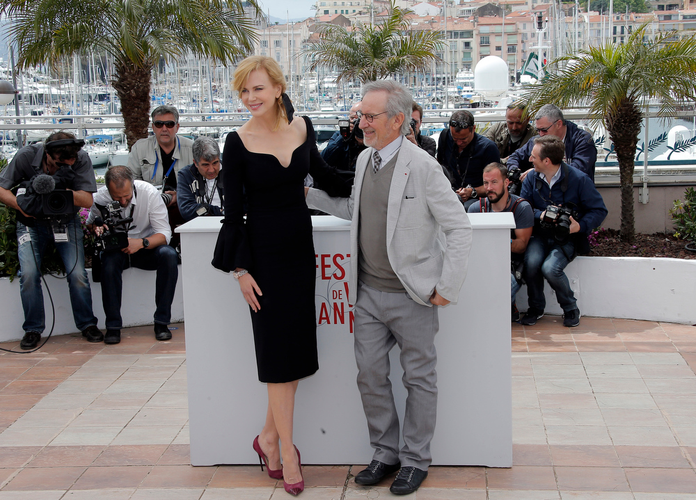 . Jury member Nicole Kidman, left, and jury president Steven Spielberg pose during a photo call for the jury at the 66th international film festival, in Cannes, southern France, Wednesday, May 15, 2013. (AP Photo/Lionel Cironneau)
