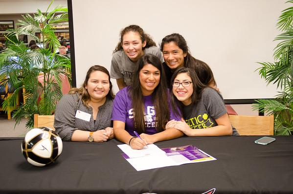 Grabriella Vargas Signing