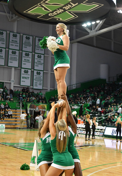 cheerleaders6644.jpg