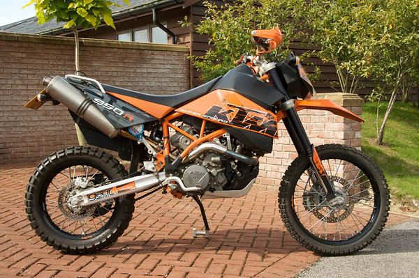 950 SDE - Super Duper Enduro