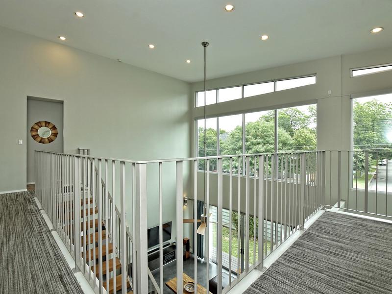 019_Upstairs.jpg