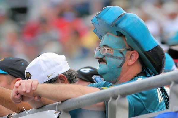 Jaguars vs. Broncos, Oct 2, 2005:  The Fans