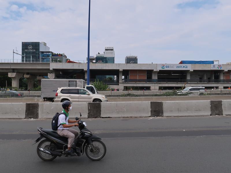 IMG_4798-saigon-bridge-station.JPG
