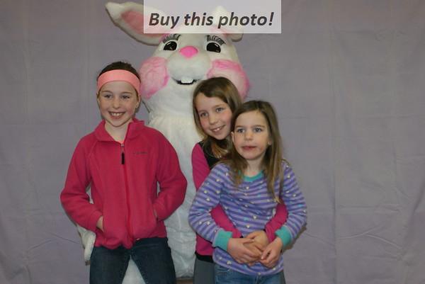 Elrosa Easter bunny visit 04-15