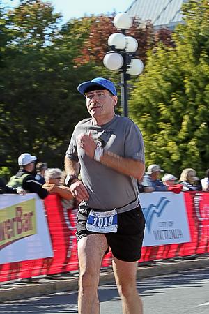 20101010.ml.victoriamarathon-971