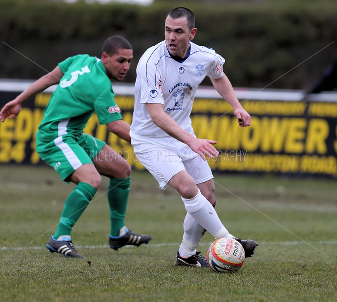 CHIPPENHAM TOWN V BEDWORTH UNITED MATCH PICTURES