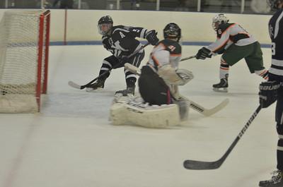 2014.02.01 Medway Hockey at Hopkinton