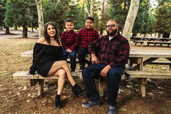 Bristina & Nick Family Oak Glen Photo Session