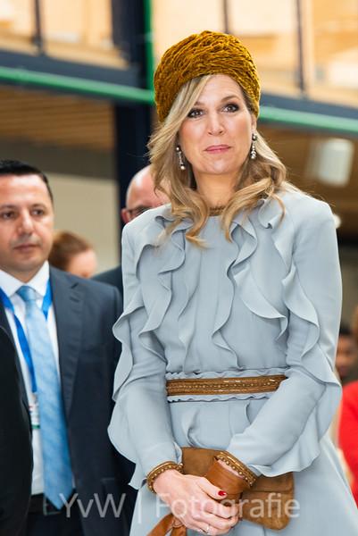Koningin Máxima met Koningin Rania bij ROC Mondriaan.