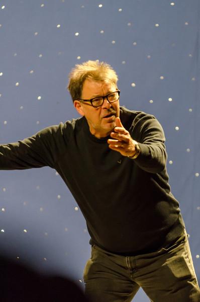 StarFest 2012 Sunday Jonathan Frakes-37.jpg
