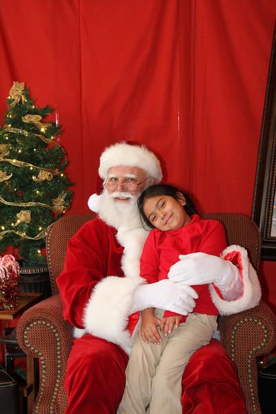 Santa Clause 27NOV2010-108.JPG