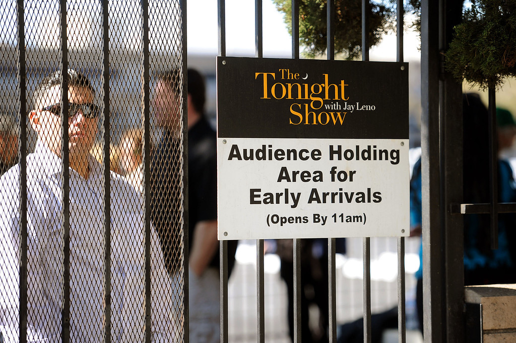 . Fans wait in line to see the taping of The Tonight Show with Jay Leno in Burbank, CA February 5, 2014.(Andy Holzman/Los Angeles Daily News)