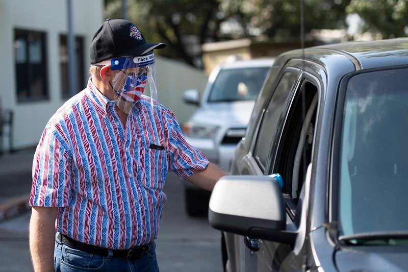 Veterans Drive Through_2020_024.jpg