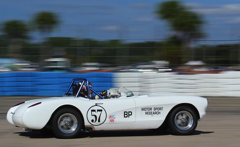 HSR-SebClassic-12-3-16_0005-#57-Corvette.jpg