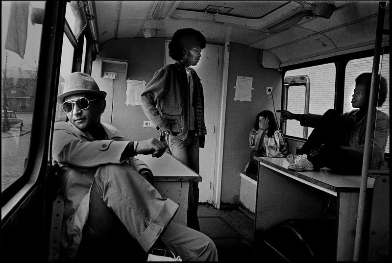 30 1981 03 27 II-5-27 int bus.jpg