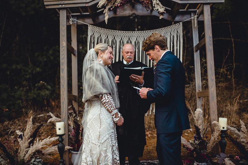 Requiem Images - Luxury Boho Winter Mountain Intimate Wedding - Seven Springs - Laurel Highlands - Blake Holly -1006.jpg