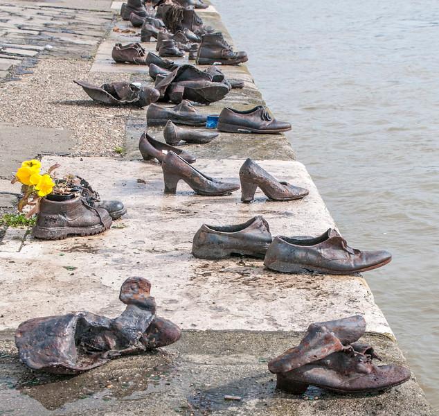 Budapest_Memorial-3.jpg