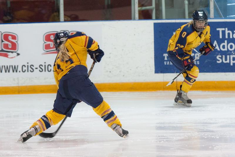 20130310 QWHockeyvsUBC 541.jpg