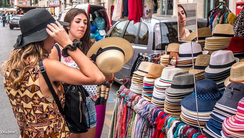 Buying hats, Rome.jpg