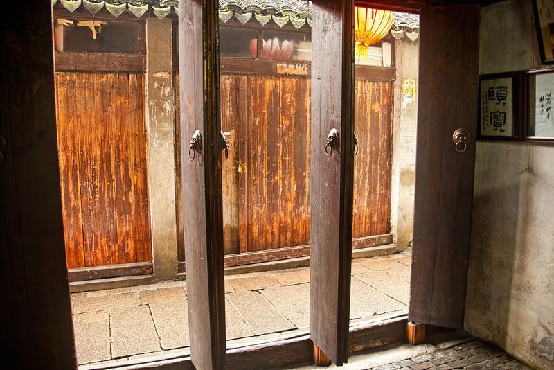ZhouZhuang Jan 31 2010-6219.jpg