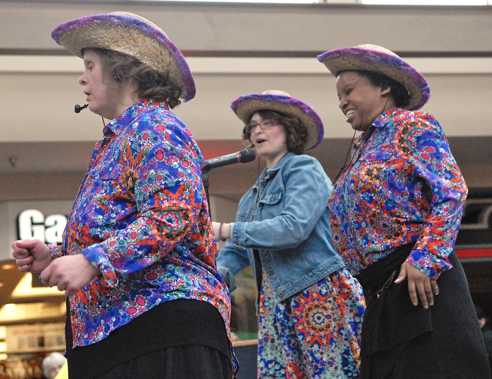 ". Jeff Forman/JForman@News-Herald.com Susan Murphy, left, Jessica McAndrews and Canesia King sing ""Boys \'Round Here\"" at the Deepwood Idol Show March 29 at the Great Lakes Mall. The show was presented by the Lake County Board of Developmental Disabilities/Deepwood."