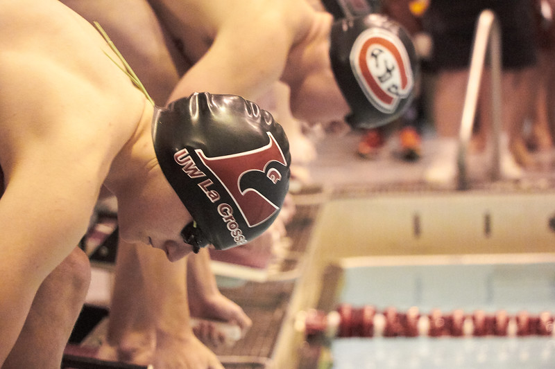 2018_Swimming_Diving_Mitchell_Hall_0013.jpg