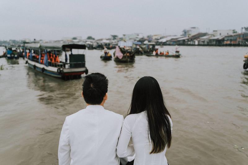 Tu Nguyen Wedding Mekong River Elopement Can Tho  - Southern Vietnam 93.jpg