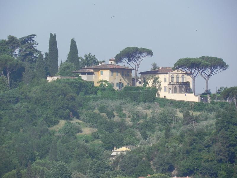 Homes in Florence.jpg