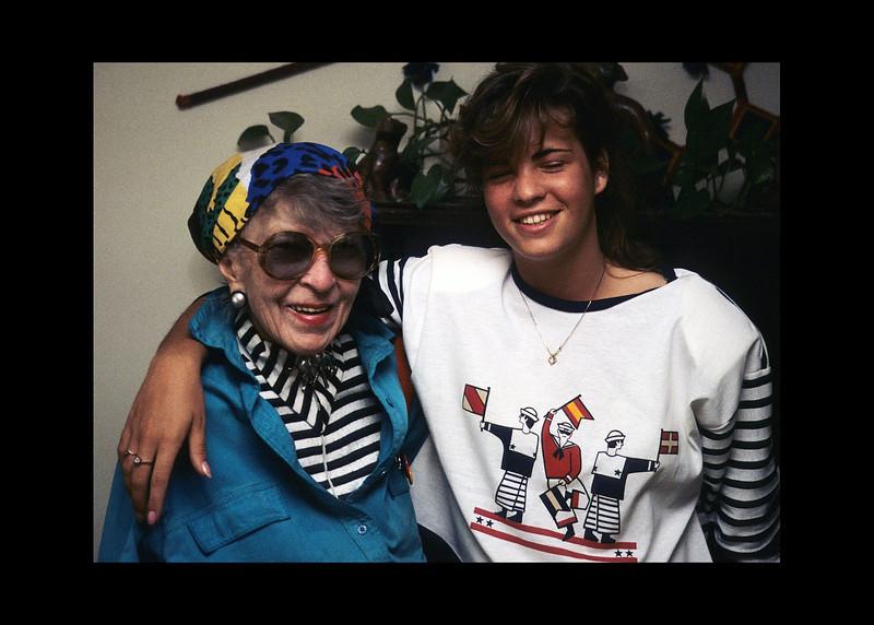 17-Anna and Louise Woodruff.jpg
