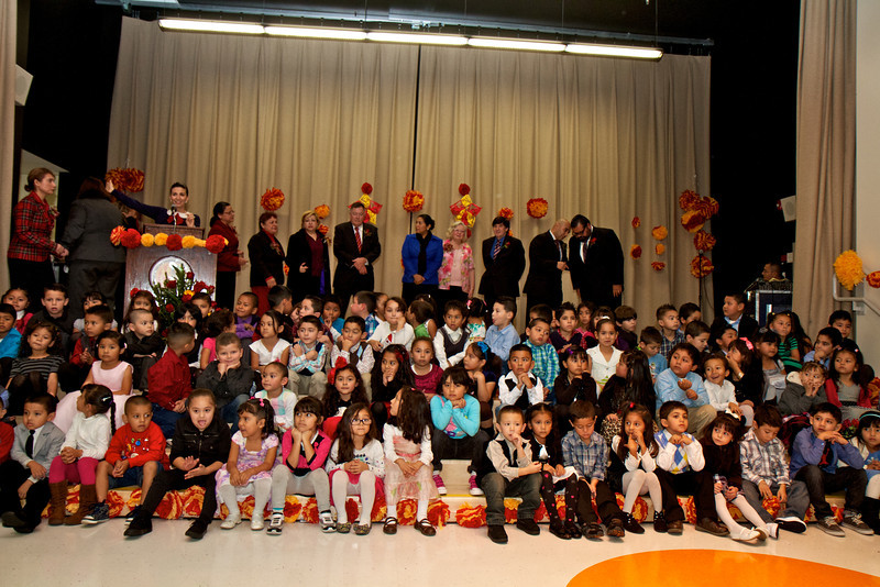 2012_11_30_Willow_school_oepneing 58.jpg