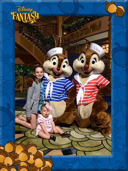 403-124032496-Classic CL Chip and Dale 4 MS-49657_GPR.jpg