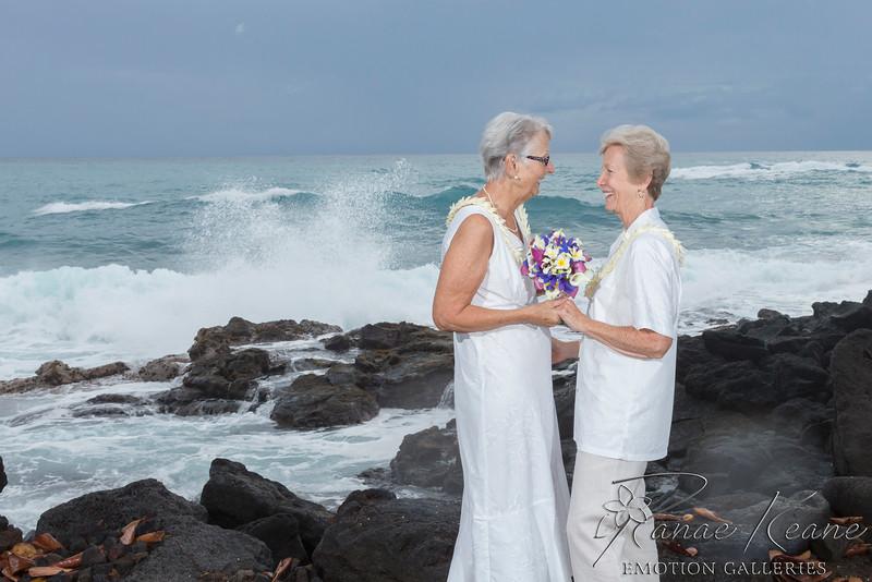 081__Hawaii_Destination_Wedding_Photographer_Ranae_Keane_www.EmotionGalleries.com__141018.jpg