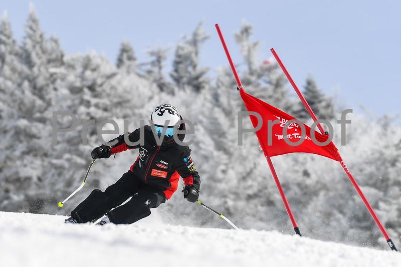 2021-03-13 Club De Ski U12 GS Erik Guay