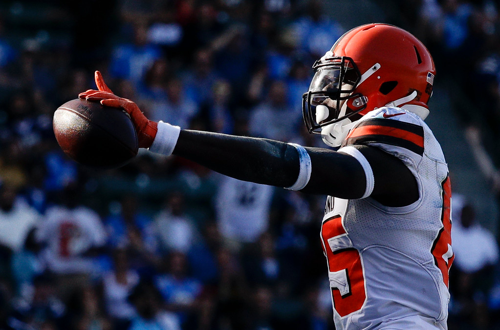 . Cleveland Browns tight end David Njoku celebrates after scoring against the Los Angeles Chargers during the first half of an NFL football game Sunday, Dec. 3, 2017, in Carson, Calif. (AP Photo/Jae C. Hong)