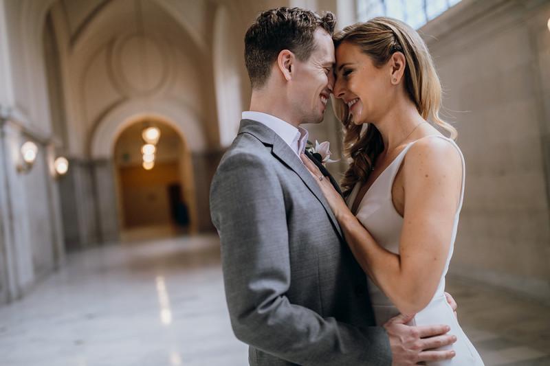 2018-10-04_ROEDER_EdMeredith_SFcityhall_Wedding_CARD1_0023.jpg