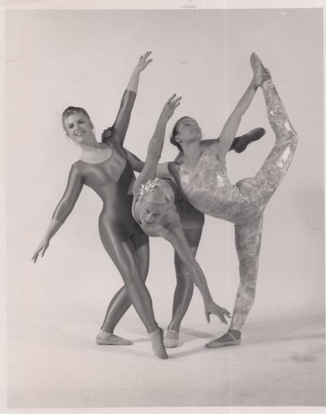 Dance_1139.jpg