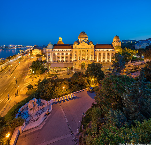 Budapest_DSC8529-web.jpg