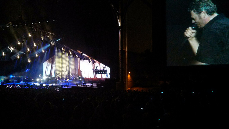 Blake Shelton ten times crazier tour bristow Virginia July 2013