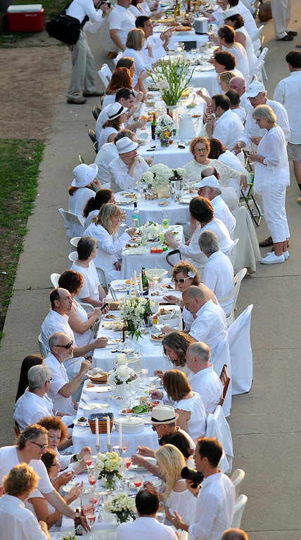 . Guests at Dinner in White dine in style. (Pioneer Press: Sherri LaRose-Chiglo)
