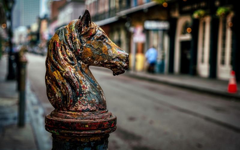 Horse Post