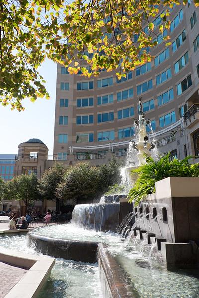 05-Mercury-Fountain-005-Charlotte-Geary.JPG