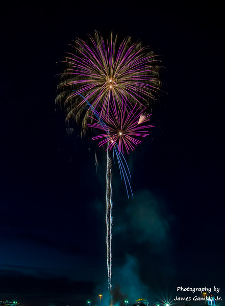 Fourth-of-July-Fireworks-2016-0372.jpg