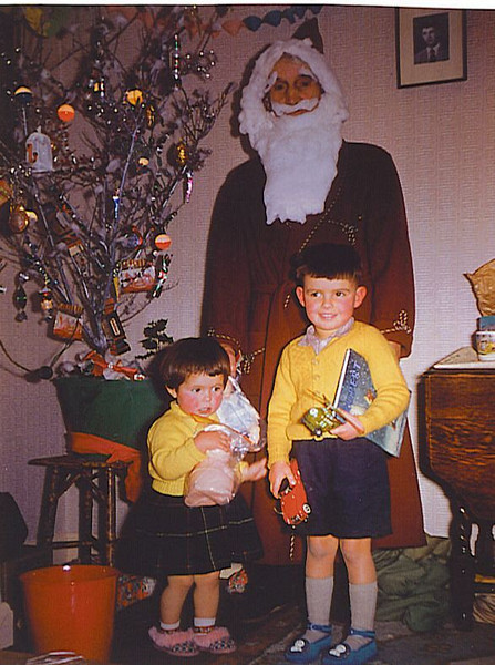 052 Julia Steve and Father Christmas 1961.jpg