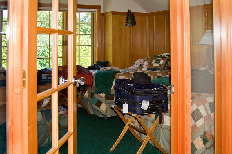 Todoroff Guest Room 2.jpg