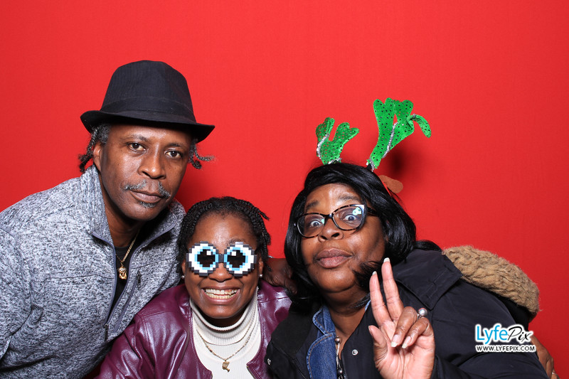 eastern-2018-holiday-party-sterling-virginia-photo-booth-0164.jpg